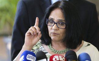 e17321ea5 Damares vs. Dilma na Comissão da Anistia